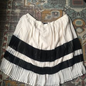 Plus Size Pleated Skirt by Who What Wear (3x)